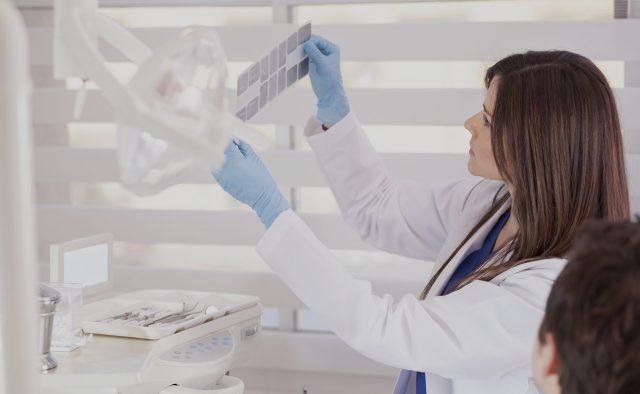Medicina Praxisház Hévíz - fogászati kezelések - Dr. Riedling Zsolt fogszakorvos