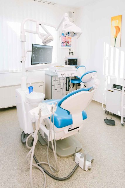 Medicinaklinika Hévíz Fogászat - Dr. Riedling Zsolt fogszakorvos