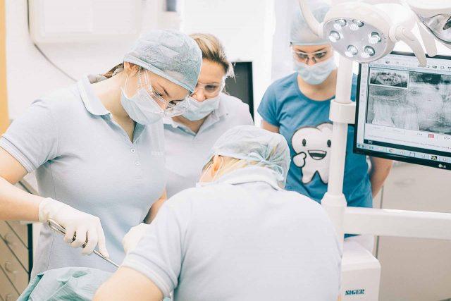 Dr. Horváth Krisztina szájsebész, fogász szakorvos, Hévíz, Medicinaklinika